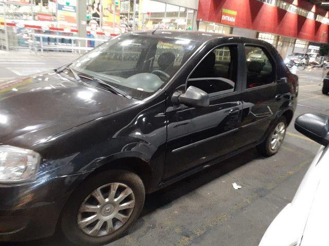 Renault Logan 2010/2011 - Foto 2