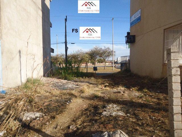 QS 304 Ótimo Lote Comercial Vazado na Avenida 100 M² E s c r i t u r a d o - Foto 5