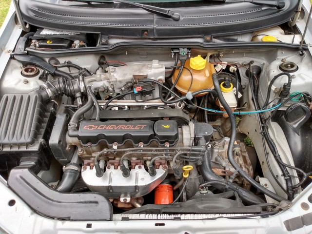 Corsa sedan milenium 2002 1.0 - Foto 5