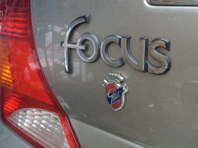 Focus Sedan Ghia 2005 - Foto 12