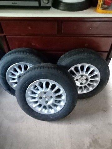 Roda de liga com pneu - Foto 4