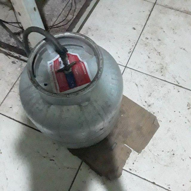 Vendo um forno  um cilindro uma mesa de mármore  - Foto 2
