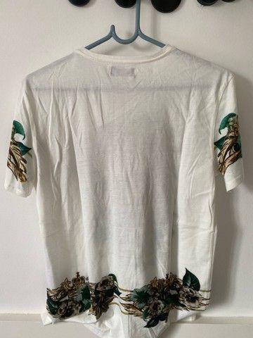 Camiseta branca estampada zara - Foto 3