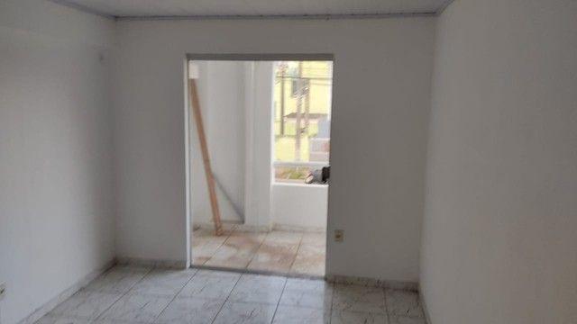 Apartamento na Av. ACM - Malhado - 1º andar - Foto 5