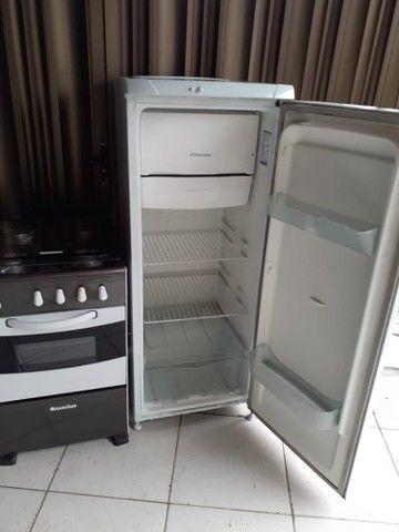 Geladeira Electrolux + fogão esmaltec  - Foto 2