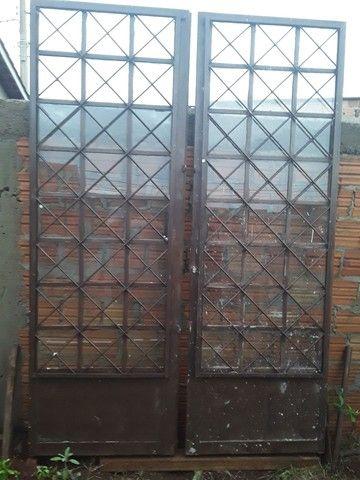 Vendo duas portas 140× 210 a outra 80 ×210 - Foto 2