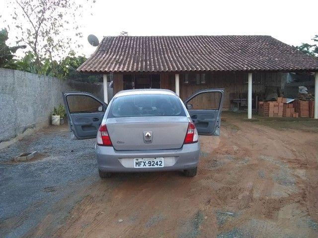 vendo Clio sedã - Foto 2