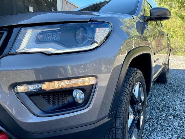 Jeep Compass TrailHawk 2.0 Diesel 4x4 2017 Baixo Km  - Foto 6