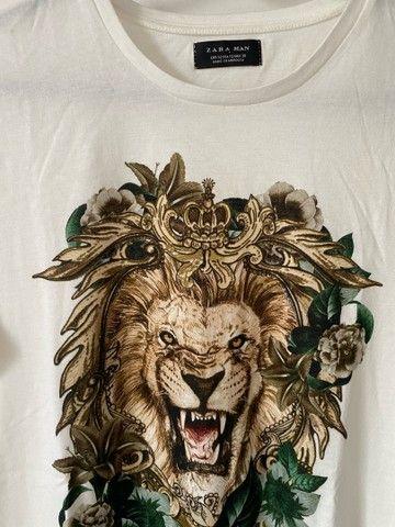 Camiseta branca estampada zara - Foto 2