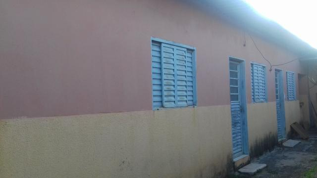 Setor Leste QD 07, otimo para renda, 6 Kitnet + Apartamento 2qts R$ 270.000,00 - Foto 3