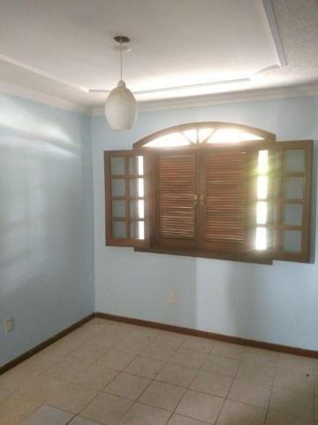 Casa Condomínio Santos Dumont com 5 quartos 2 suítes 3 andares cd690
