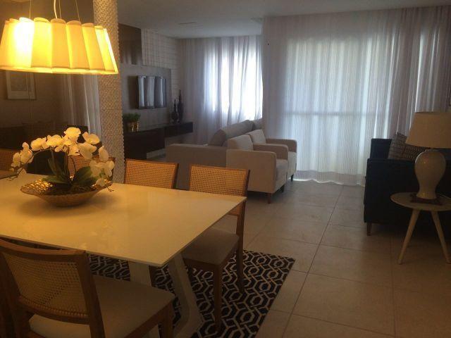 Apartamento 3/4 sendo 1 suíte na Farolândia próximo a Unit com 80m²