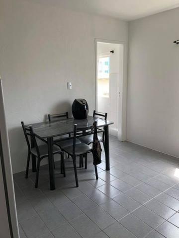 Vendo amplo apartamento com 1 dormitório!!!Aceita Parcelamento direto com proprietário!!! - Foto 7