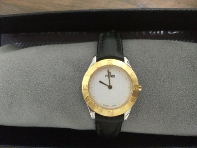 6340e7d4f0e Relógio Suíço Fendi Orologi - Bijouterias