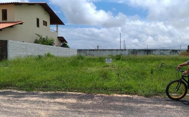 Vendo lote medindo 9 m x 25 m (225m2) no Condomínio Conviver Parnaíba Residence