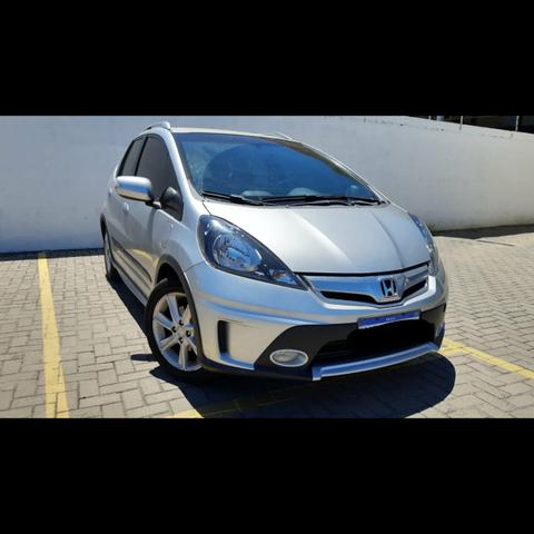Honda fit 1.5 twist 2014