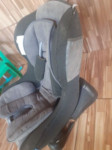 Cadeira pra criança de carro. - Foto 2