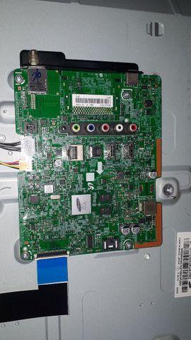 Smart tv 32 Samsung para peças(tela quebrada)