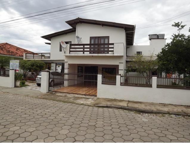 Sobrado para Venda em Balneário Barra do Sul, Centro, 4 dormitórios, 3 suítes, 4 banheiros - Foto 2