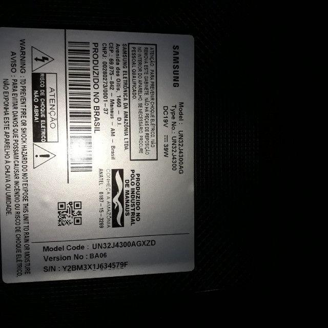 Smart tv 32 Samsung para peças(tela quebrada) - Foto 2