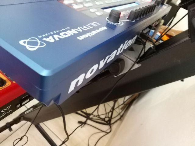 Sintetizador Novation Ultranova Novissimo - Foto 3