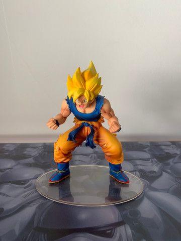 Action figure Dragon Ball Goku (leia descrição)