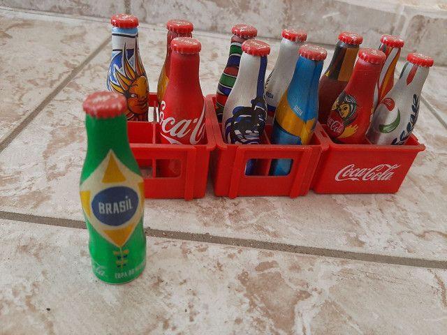 Garrafinhas colecionaveis da copa ..coca cola  - Foto 2