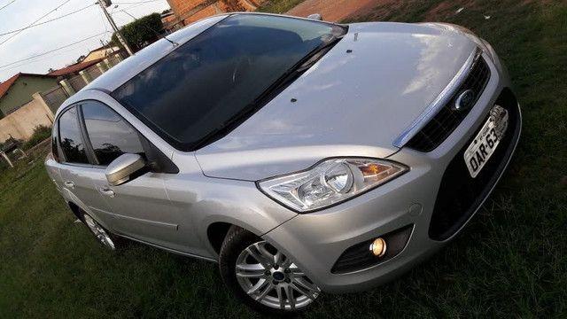 Focus sedan 1.6 8v Flex