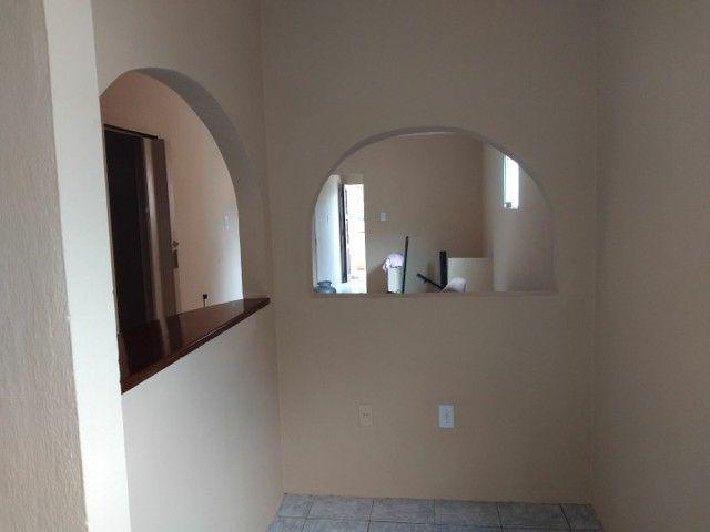 Leia o anúncio vedo casa tipo duplex no Montese  - Foto 2