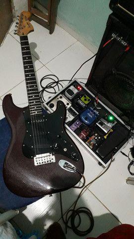 Guitarra squier deluxe  - Foto 5