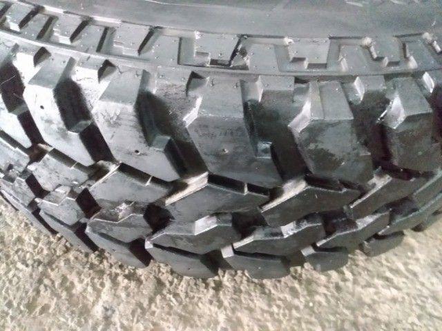 Jogo de rodas + pneus Firestone 235/75R15 para Rural. - Foto 5