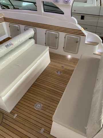 Real 40 HT Luxury Modelo 2021 - Real Powerboats - Gasolina / Diesel  - Foto 12