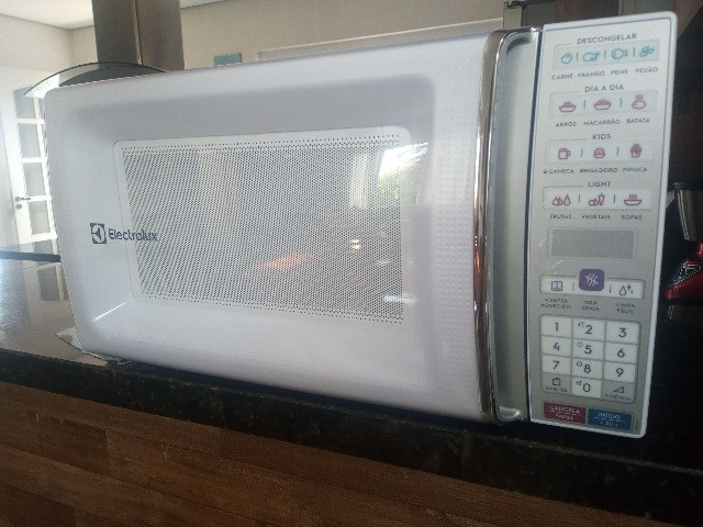 Forno Micro Ondas Electrolux 34 Litros Meo44 127v, Branco (novo sem uso)