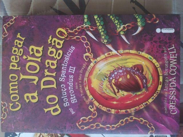 Vendo Livros da série COMO TREINAR O SEU DRAGÃO - Foto 3