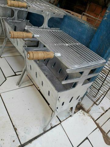 Churrasqueira grande aberta d alumínio