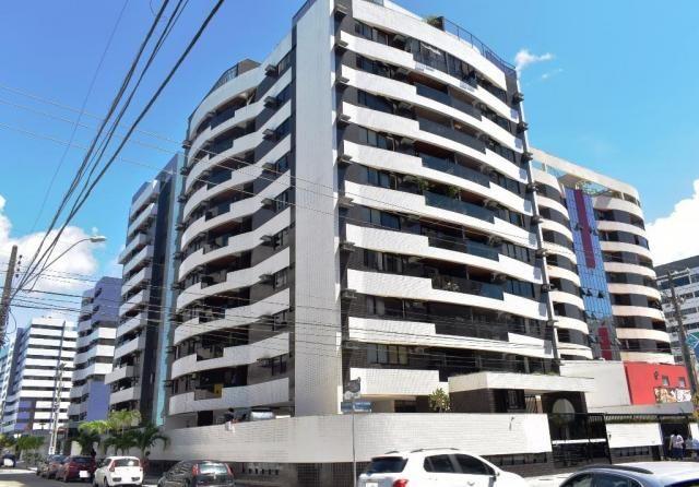Apartamento com 109 m2, 3 quartos , na Ponta Verde próximo ao palato.