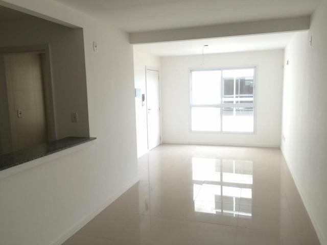 Apartamento de 1 dormitório semi mobiliado próximo às Universidades - Aceita Permuta