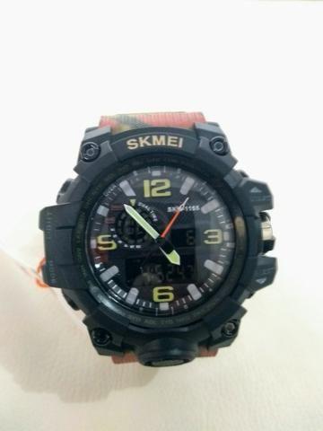 62d7a8b607b Relógio Militar Camuflado - Bijouterias