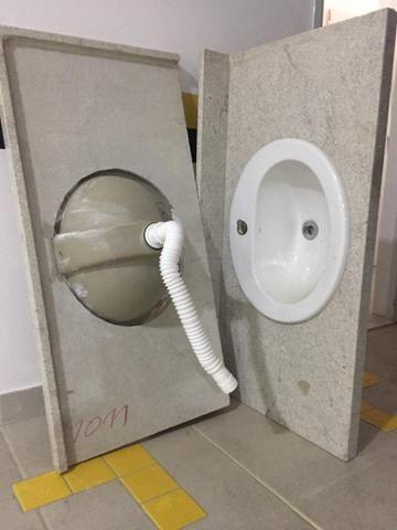 Bancada de banheiro com Cuba