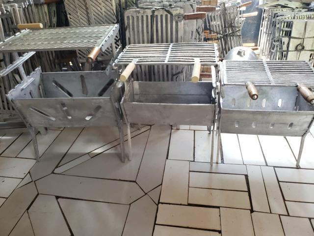 Churrasqueira de alumínio desmontável - Foto 2