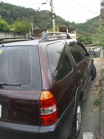 Vendo 9 Mil Nao aceito troca nem rolos dinheiro na mao o carro e seu - Foto 4