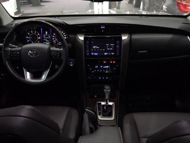 Hilux sw4 2016/2016 2.8 srx 4x4 5 lugares 16v turbo intercooler diesel 4p automático - Foto 2