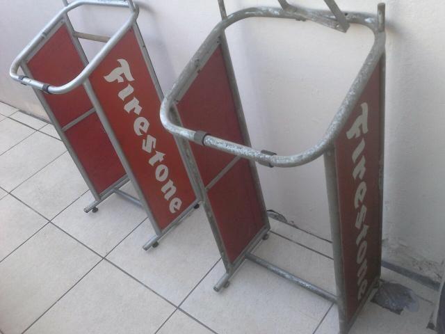 Expositor firestone antiguidades decoração de metal década 90 - Foto 4