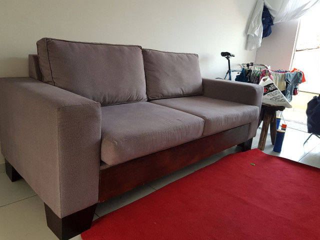 ABAIXOU!!! Vendo Sofá 3 lugares em tecido Sued - Foto 4