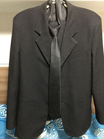 Blazer básico tradicional, calça básica social e gravata ( tudo na cor preta) - Foto 2