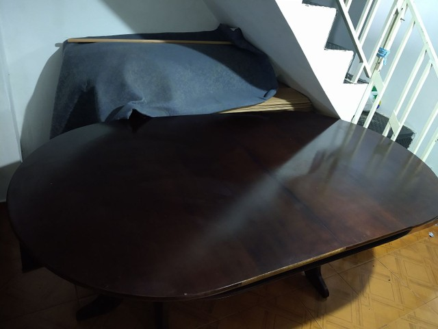 Vendo mesa de imbuía