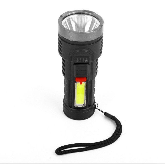 Lanterna Led Recarregável Claro Lateral Com Bateria Embutida
