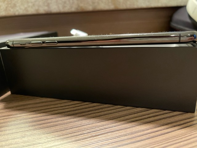 Iphone 11 Pro Max 256 Impecável  - Foto 6