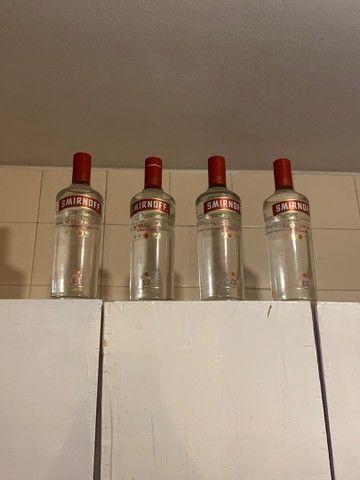 4 garrafas de vodka smirnoff de 1 litro