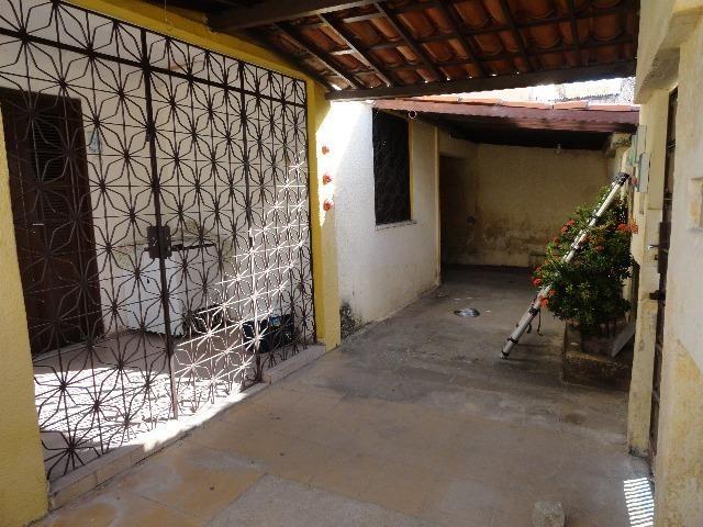 CA0076 - Casa residencial à venda, 333 m² de terreno, 03 vagas, Montese, Fortaleza - Foto 2